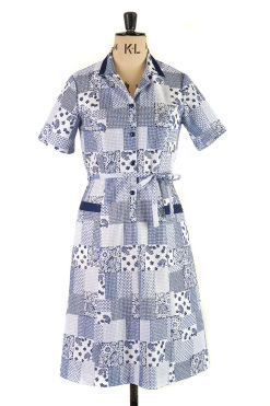 Vintage 1970s Shirt dress, blue patchwork print