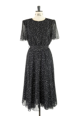 A romantic polka dot 50s style frock! Size 14