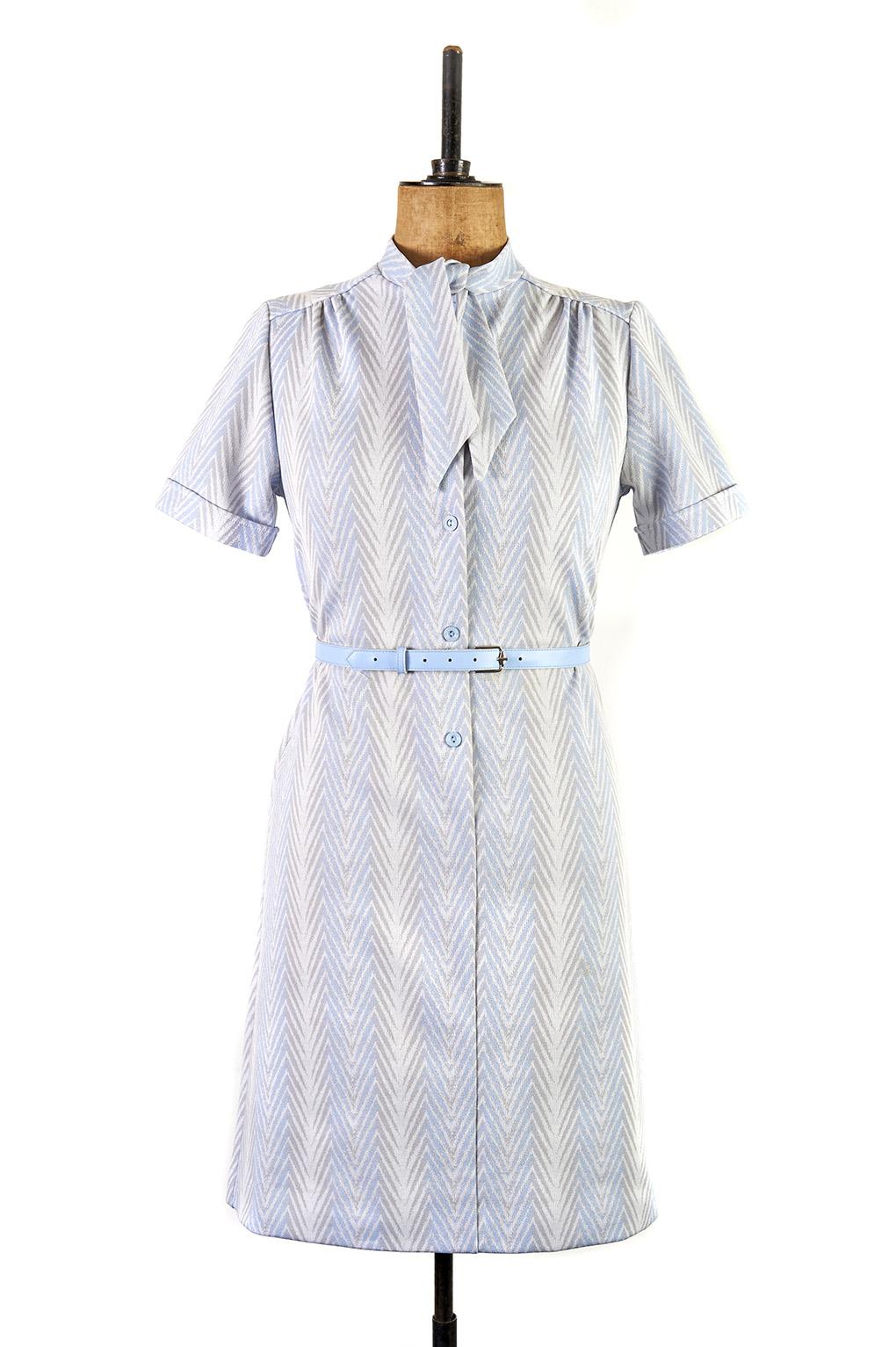 Elegant Blue Chevron Print Dress